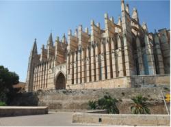 Contrafuertes de la catedral de Palma de Mallorca